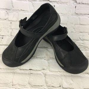 Keen PRESIDIO II Shoes  Leather Mary Jane Comfort